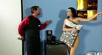 Chesty Jasmine Jae Gets Off While Mercedes Carrera Cums Next Door